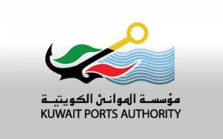 الكويت توقف حركة الملاحة البحرية في 3 موانئ بسبب سوء الأحوال الجوية